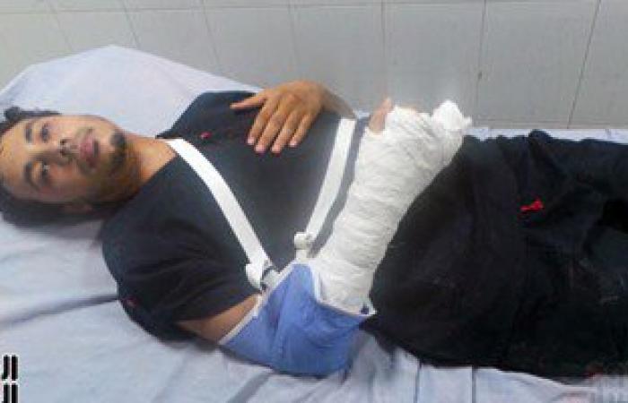 بالفيديو والصور.. إصابة طبيب بكسور نتيجة تعدى طالب عليه بمستشفى كفر الشيخ