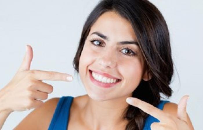5 نصائح للحصول على أسنان صحية وبيضاء