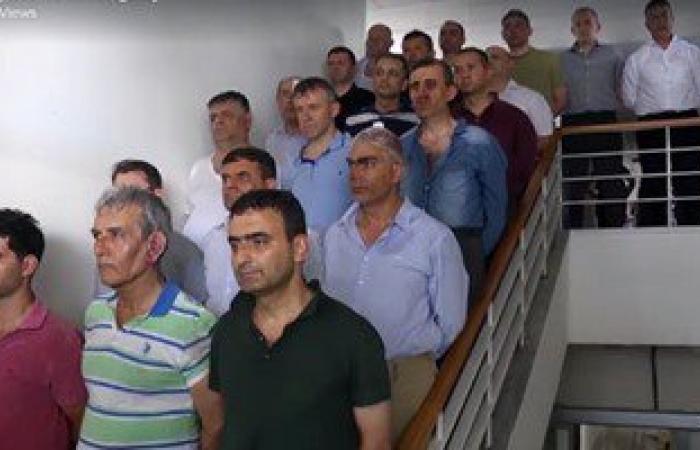 بالفيديو.. قوات أردوغان تهين جنرالات الجيش التركى عقب اعتقالهم