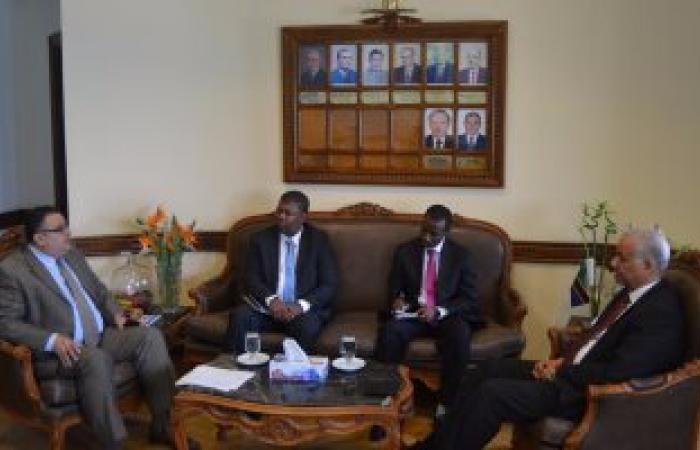 قنصل تنزانيا يزور جامعة الإسكندرية
