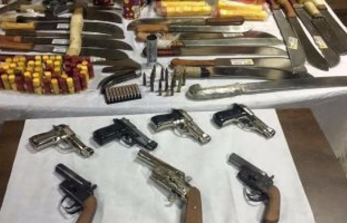 ضبط ٤٣ قطعة سلاح و٨١ طلقة متنوعة خلال حملة أمنية بأسيوط