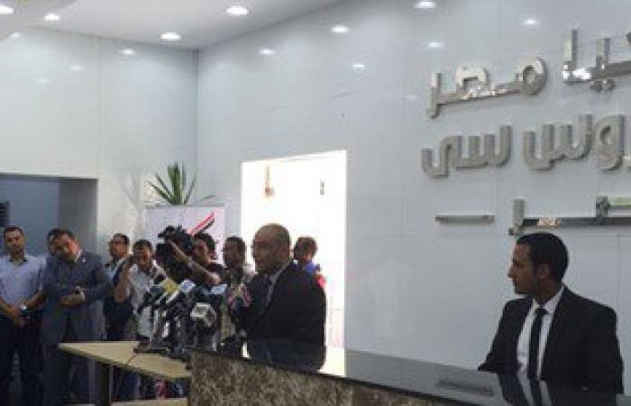 رئاسة الخارجة: 47 شابا تقدموا للحصول على محلات أسواق صندوق تحيا مصر