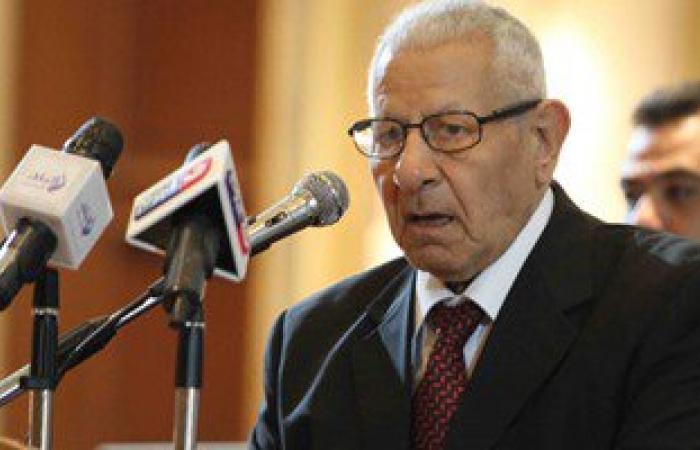 مكرم محمد أحمد: لقاء الكتاب مع رئيس الوزراء تطرق لإجراءات الإصلاح الاقتصادى