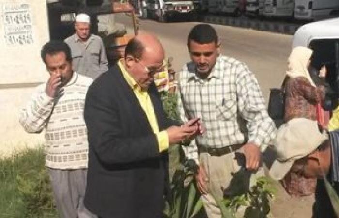 رئيس مدينة بركة السبع يتابع تشجير الميادين للحد من انتشار الباعة الجائلين