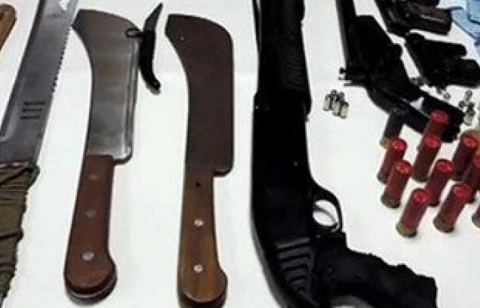 حبس عاطلين ضبط بحوزتهما أقراص مخدرة وأسلحة بيضاء بشبرا الخيمة