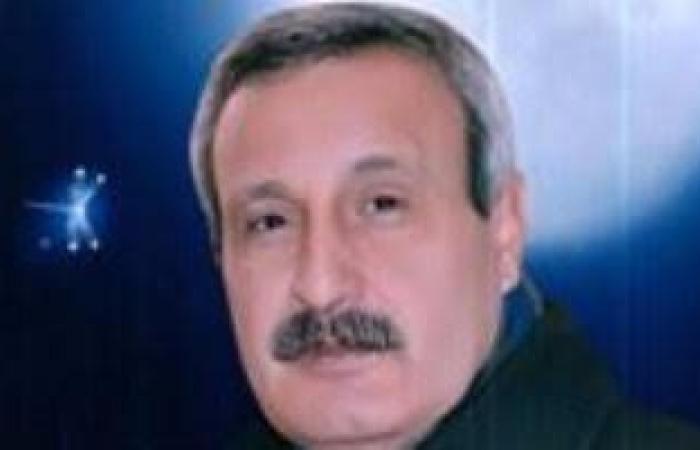 السكرتير العام بدمياط يناقش الخطة الاستثمارية للتربية والتعليم
