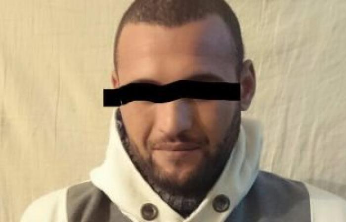 ضبط هارب من حكمين بـ30 سنة وشخصين بحوزتهما أسلحة ومخدرات بكفر الشيخ