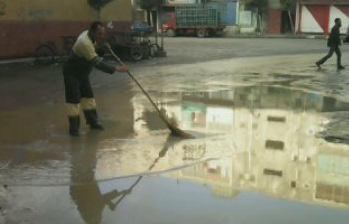 بالصور.. استمرار هطول الأمطار المتوسطة على الإسكندرية