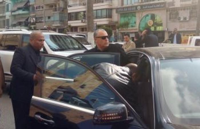 """بالصور.. """"أبو ريدة"""" يحضر جنازة مدرب منتخب مصر الأسبق للكرة الطائرة"""