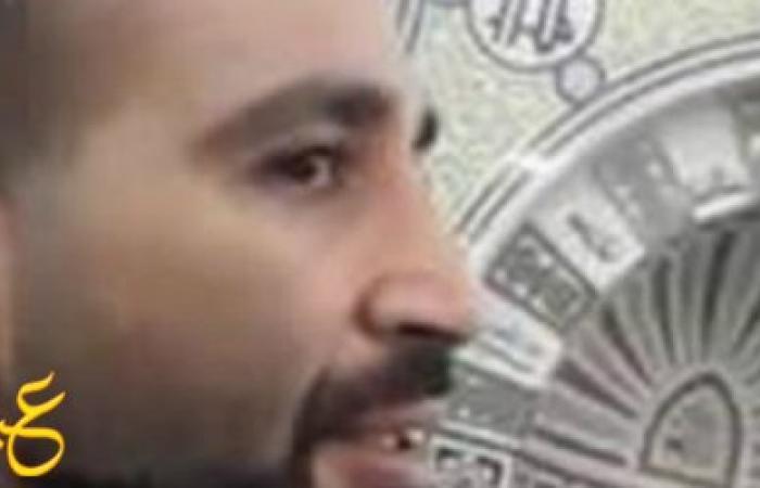 بالفيديو ...الفنان أحمد سعد يؤم المصلين بالمسجد ويتلو تلاوة أكثر من رائعة بصوته