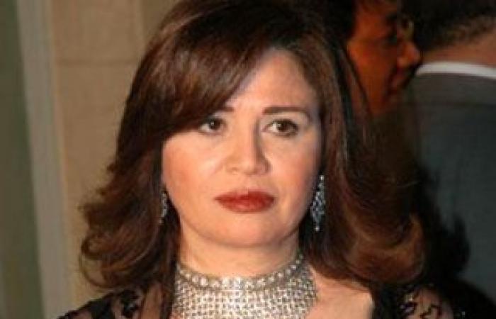 عاجل : شقيقة إلهام شاهين تشرح ملابسات تدهور صحتها وأنباء وفاتها
