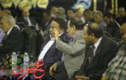 """""""براحة دا راجل كبير"""".. عادل إمام غاضب في عزاء والدة عمرو وشريف عرفة .. صور"""