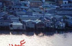 شاهد بالفيديو: منازل بكاملها يبتلعها نهر بثواني