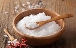 5 أطعمة تجعل شكلك أكبر عمرًا.. منها ''الملح''