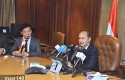 وزير الصناعة البدء في إنشاء أكبر مدينة لصناعة المنسوجات والملابس في مصر