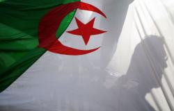 في ظل غموض نوايا بوتفليقة... الجنرال علي غديري أول مرشح لانتخابات الرئاسة الجزائرية