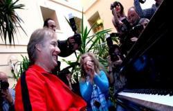 مؤلف موسيقى «تيتانك»: سعيد بحفل عيد الحب في مصر «أرض الحضارة»