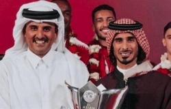 معارض قطري يعلق على إهانة تميم لقائد المنتخب: أنانية وتعالي