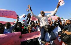 مدير مخابرات السودان: لا مكان لأية مبادرة تخرج عن الشرعية