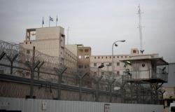 ارتفاع عدد الأسرى الفلسطينيين المضربين عن الطعام في السجون الإسرائيلية إلى 400