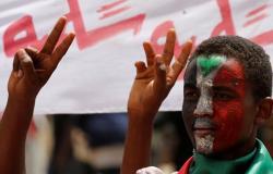 عضو شبكة الصحفيين السودانيين: الدولة العميقة متواجدة للالتفاف حول الثورة