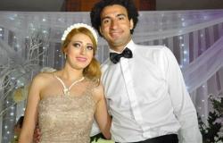 """التفاصيل الكاملة لأزمة علي ربيع مع زوجته..3 بوستات تكشف الأسباب: """"أمك ثم أمك """""""