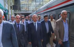 تعليمات جديدة.. ماذا فعل كامل الوزير في محطة مصر ثاني أيام الاستفتاء؟