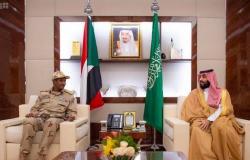 ولي عهد السعودية يلتقي نائب رئيس المجلس الانتقالي السوداني