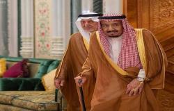 الملك سلمان يصل مكة لقضاء العشر الأواخر من رمضان