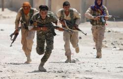 """""""قسد"""" مدعومة بالتحالف تقتحم بلدة بدير الزور لرفعها العلم السوري وتقتل مدنيا"""