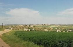 """بالفيديو... الحياة داخل """"كرناز"""" على خطوط الاشتباك والنار في ريف حماة"""