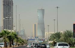ما حقيقة صورة ذوبان السيارات في السعودية بسبب ارتفاع درجات الحرارة (صور)