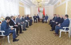 الرئيس عبد الفتاح السيسي يلتقي رئيس الحكومة في بيلا روسيا
