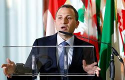وزير الخارجية اللبناني يواجه انتقادات لاذعة خلال جولة داخلية