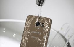 سامسونج أمام القضاء بسبب ٣٠٠ إعلان مضلل لهواتفها الذكية