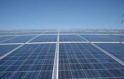 الرواشدة: المواطن الاردني يدفع فائض الطاقة الشمسية