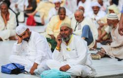 """السعودية تبدأ في توزيع """"الهدايا"""" على مليون حاج"""