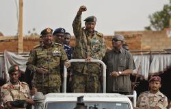 """السودان... البرهان يلتقي سياسين ويتحدث عن """"الاقصاء السياسي"""""""