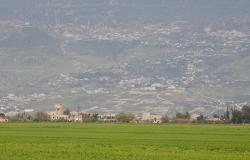 مقتل 7 مدنيين بينهم طفلين بقذائف صاروخية على سهل الغاب في سوريا