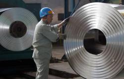 الصين تطبق رسوم مكافحة إغراق على واردات الصلب الأوروبية