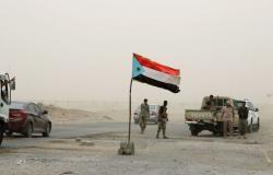 الخارجية اليمنية: سيطرة الانتقالي الجنوبي على معسكر للأمن تصعيد غير مبرر