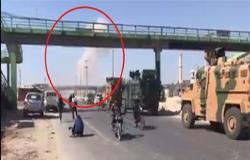 بالفيديو .. طيران الجيش السوري يقصف رتلا تركيا ويمنعه من التقدم إلى خان شيخون!