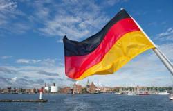 ألمانيا تبيع سندات لآجل 30 عاماً بعائد سالب للمرة الأولى
