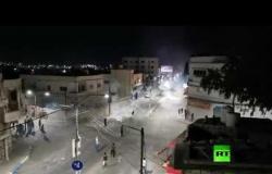 اشتباكات عنيفة بين المحتجين وقوات الأمن الأردنية في مدينة الرمثا الحدودية مع سوريا
