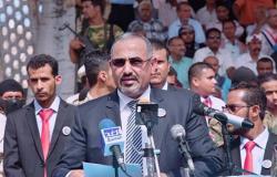 بعدما وصل جدة… رئيس المجلس الانتقالي اليمني يبدأ لقاءات مع الجانب السعودي