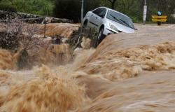 الفيضانات... كابوس يؤرق الجزائريين مع بداية موسم الأمطار