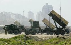 ولي عهد البحرين يعلن توقيع صفقة لشراء صواريخ باتريوت