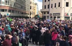 إضراب عام تحذيري لقطاع المحروقات في لبنان
