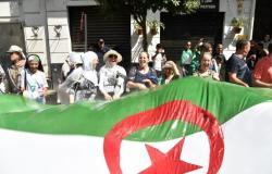 أول مواطن جزائري يعلن ترشحه للانتخابات الرئاسية