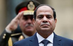 بالفيديو... السيسي يتقدم جنازة رئيس أركان الجيش المصري الأسبق